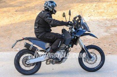 121416-spy-photos-KTM-390-Adventure-006-582x388.jpg