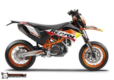 Crispy_Designs_REPSOL_KTM_690_SMC-R_1024x1024.jpg