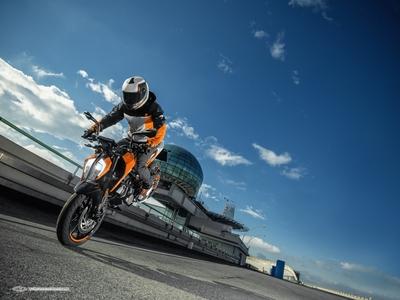 KTM 125 DUKE 2017 (7).jpg