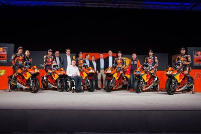 motogp-red-bull-ktm-team-presentation-2017.jpg